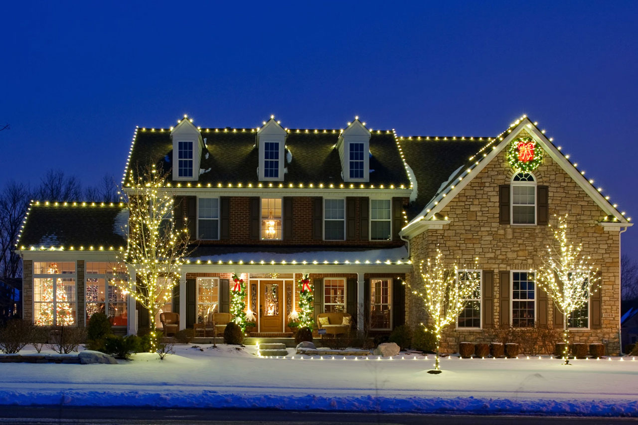 Residential Holiday Lighting